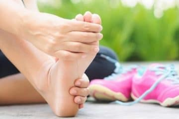 5 Best Moves To Relieve Plantar Fasciitis Pain